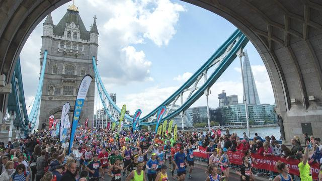 london marathon 100000 personas
