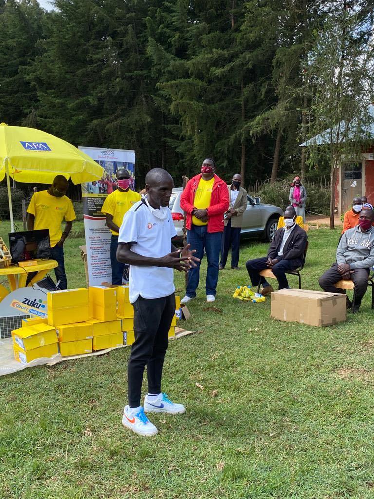 Kipchoge solidario kenia