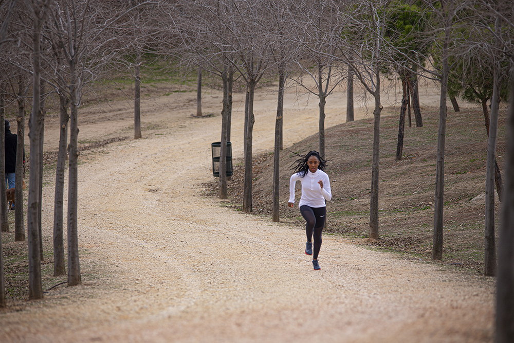 correr sin mascarilla
