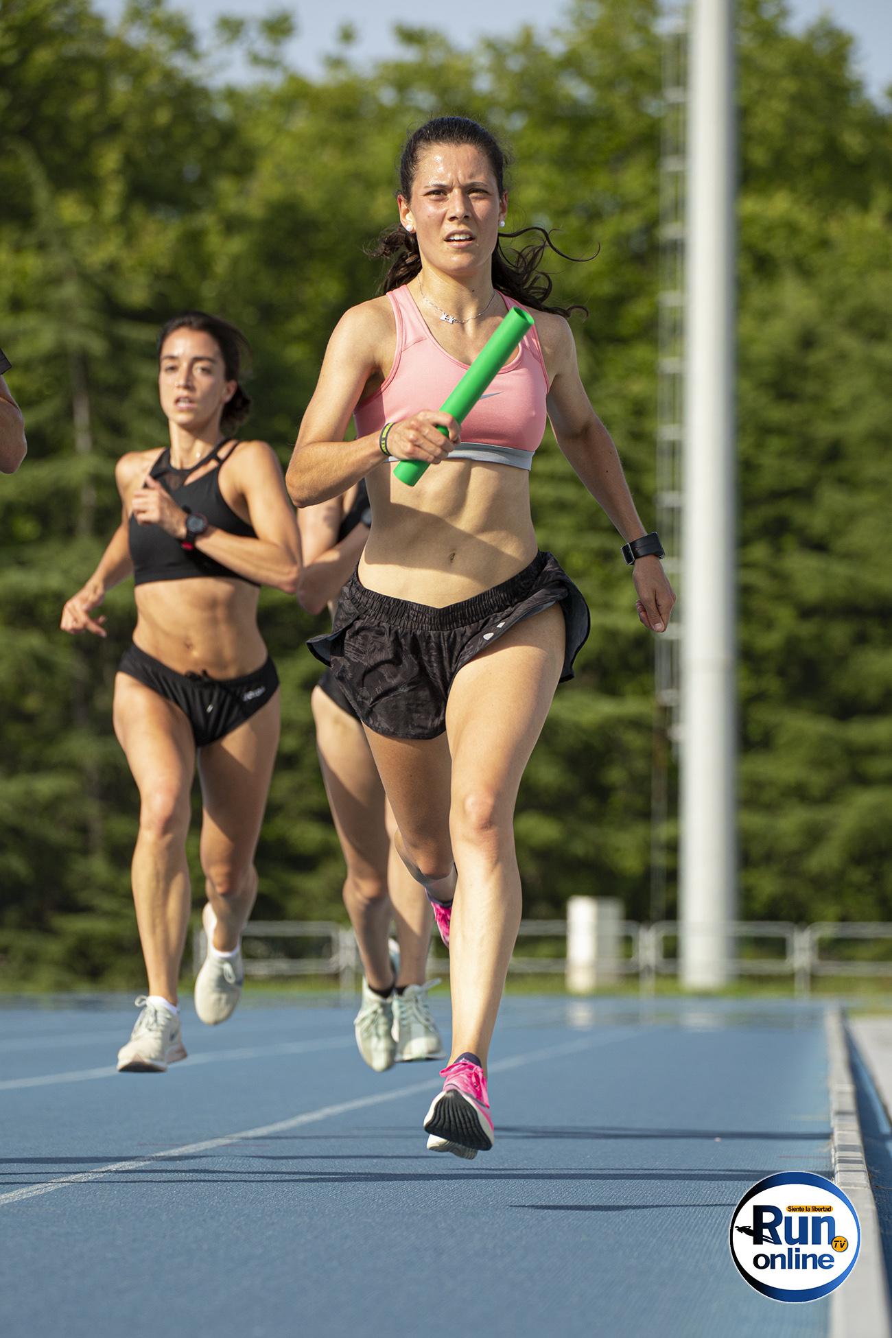 isabel barreiro gijon reto relevo 25x400 atletismo