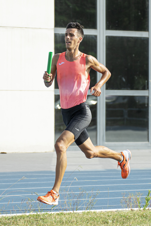 Carlos Garcia atleta pielagos reto relevo mixto 25x400
